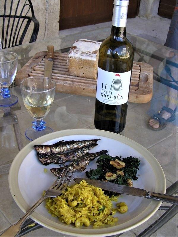 sardines-grillées-marinées-riz-aux-épices-et-épinards-sauvages2
